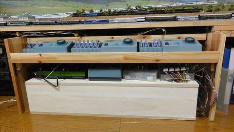 パワーパックの整理整頓N-1001-CLの棚の製作